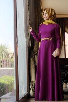 Pınar Şems - Beli Nakışlı Fuşya Elbise