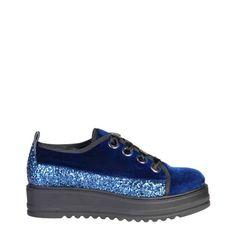 in offerta scarpe stringate Ana Lublin Sneakers For Sale, Shoes Sneakers, Footwear Shoes, Sneakers Women, Baskets Bleu Marine, Navy Blue Sneakers, Sneaker Brands, Navy Women, Winter Collection