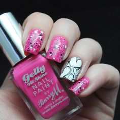 Heart print #manicure ===== Check out my Etsy store for some nail art supplies https://www.etsy.com/shop/LaPalomaBoutique