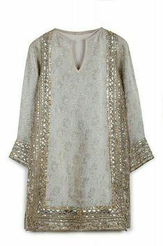 ♡★ Shalwar Kameez, Salwar Kurta, Sharara, Indian Fashion, Pakistani Fashion Party Wear, Pakistani Outfits, Fashion Women, Latest Fashion, Traditional Dresses