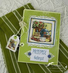 She used Spellbinders Decorative Labels 8 for the two fancy edges.