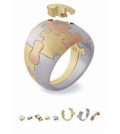 Ring | Antonio Bernardo. 'Puzzle'.  3 colours of 18k gold.