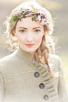 Fresh faced makeup with a soft pink lip and blush, ivy flower crown and tweed jacket.  http://www.glassjarphotography.com/