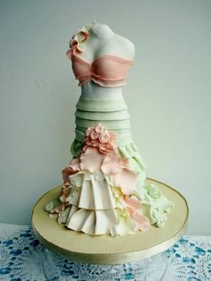 I know this is a cake, but I want the skirt!