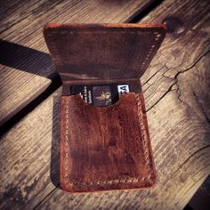 Hand sewn, and made from Norwegian leather. Beard Care, Dressed To Kill, Hand Sewn, Coins, Card Holder, Nice, Leather, How To Wear, Men