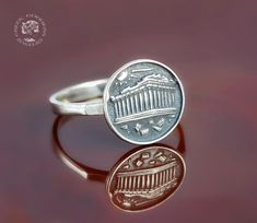 The Parthenon coin silver ring - perfect jewelry for every woman who feels the calling of Athena goddess. 🏛️ The ancient coin shows in detail a beautiful temple, illuminated by sunlight.