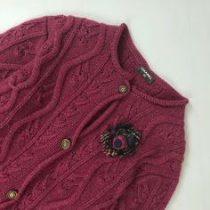 $4K Chanel CC Logo Femmes Cachemire tricot tweed Broche Cardigan Veste Taille M | eBay Tweed, Chanel, Pullover, Logo, Sweaters, Jackets, Ebay, Fashion, Tricot