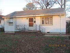925 Florida Ave, Portsmouth VA 23707 - Photo 1