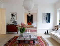 A touch of Bohemian mixed in with Scandinavian   desire to inspire - Dose of colour #rug #details