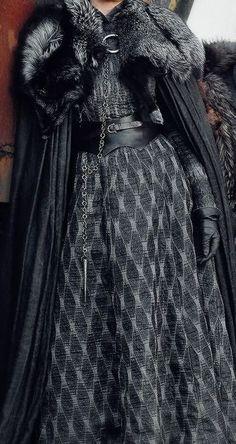 Trendy Games Of Thrones Characters Sansa Got Costumes, Cosplay Costumes, Game Of Thrones Costumes, Sansa Stark, Medieval Dress, Fantasy Dress, Costume Design, Diana, Cool Outfits