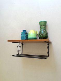 Vintage Regal, kleines Bücherregal, Ablage Flur, Garderobe retro, Telefontisch, Vintage Interior, danish Design von moovi auf Etsy