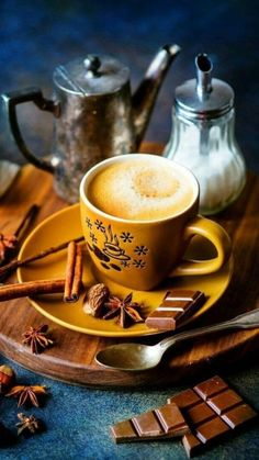 Top Tips For Brewing The Best Coffee - Great Coffee I Love Coffee, Coffee Break, Coffee Time, Tea Time, Hot Coffee, Morning Coffee, Chocolate Cobbler, Café Chocolate, Coffee Pods
