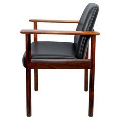 I Dysthe model 3001 - Modern Tribute Norway, Modern Furniture, Accent Chairs, Upholstery, Mid Century, Model, Design, Home Decor, Upholstered Chairs