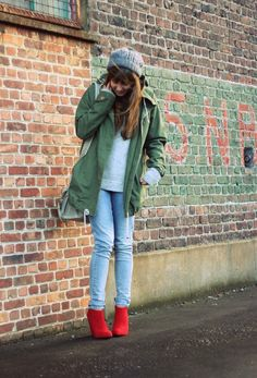 Christmas Red 1 - brunetteblogging.com