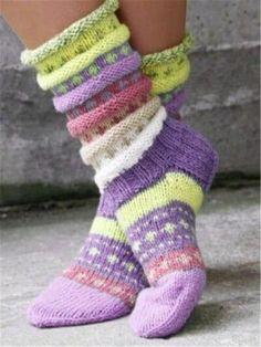 Knitted Casual Knit Socks for Women Knitted Mittens Pattern, Crochet Socks, Knitted Slippers, Knitted Gloves, Knitting Patterns, Knit Crochet, Knit Socks, Woolen Socks, Baby Hats Knitting