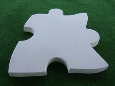 This Jigsaw Puzzle Stepping Stone Mould is a great way to build a stepping pathway through your garden It makes a stone which is approx x x deep This mould is made from a durable Plastic. Stepping Stone Pathway, Stepping Stone Molds, Bird House Feeder, Jigsaw Puzzles, Store, Garden, Design, Outdoor, Outdoors