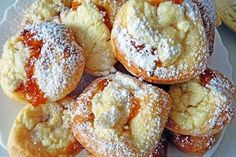 Koláčiky nielen na svadbu | TRNAVSKÝ HLAS Baked Potato, French Toast, Baking, Breakfast, Ethnic Recipes, Food, Morning Coffee, Bakken, Essen