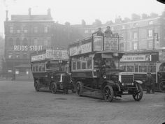 Buses at Victoria? c 1916