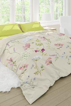 Obliečky Botanica premenia vašu spálňu v rozkvitnutú letnú lúku. Z hladkej bavlny, ktorú si zamilujete už pri prvom ľahnutí. Obliečku na Palermo, Comforters, Duvet Covers, Blanket, Bed, Home, Creature Comforts, Quilts, Stream Bed