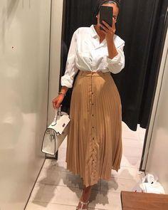 Love it Glamorous - Pemuja Wanita Casual Summer Dresses, Modest Dresses, Fashion Line, Modest Fashion, Winter Fashion Outfits, Autumn Fashion, Sunday Clothes, Muslim Women Fashion, Flare