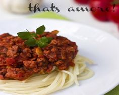 Classic Slow Cooker Bolognese – That's Amore!