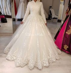 Muslim Wedding Dresses With High Neck Appliques Lace Long Sleeves Arabic Women Bridal Gowns Vintage Dubai Wedding Vestidos Dubai Wedding Dress, Beaded Wedding Gowns, Muslim Wedding Dresses, Lace Ball Gowns, Wedding Dress Shopping, Bridal Dresses, Gown Wedding, Long Sleeve Wedding, The Dress