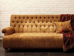 I am in love with this couch- I'm dying for some more velvet furniture!