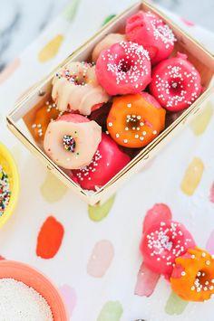 Taste It \\ Pink Strawberry Mini doughnuts!  Free Printable recipe and TUTORIAL, yummy!!!!