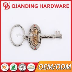 Hot sell custom metal keychain with souvenir