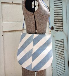 Vintage Feed Sack Messanger Bag - Ful-O-Pep | Women's Bags & Accessories | Hawks and Doves | Scoutmob Shoppe | Product Detail
