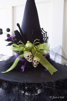 DIY Tutorial DIY Halloween / DIY Decorated Witch Hat - Bead&Cord