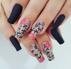 Black decor nails #nail #nailart #nailidea #nailinspiration #naildesign #nagel #nageldekoration #chiodo #clou #uña