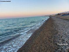 Nessuna bellezza ha la grazia del mare al tramonto sulla costiera ionica! Ph. Salvatore Martilotti