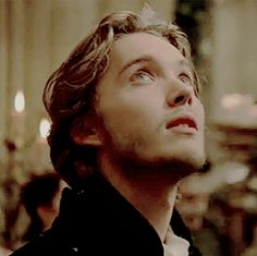 King Francis Of France, Reign Mary And Francis, Toby Regbo Reign, François Ii, Marie Stuart, Butterfly Live, Reign Tv Show, Reign Dresses, Aaron Taylor Johnson