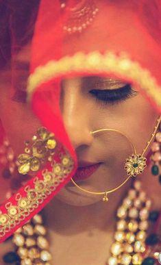 New Indian Bridal Nose Ring Hindus Ideas Bridal Poses, Bridal Photoshoot, Bridal Shoot, Wedding Shoot, Wedding Couples, Wedding Ideas, Bridal Nose Ring, Nath Bridal, Nath Nose Ring