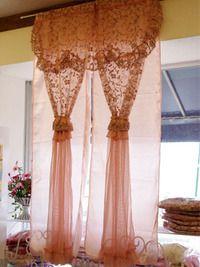 バラと天使のお店 プリンセス ティアラ:カーテン