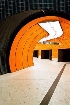 U-Bahn Marienplatz, München IV by liquidkingdom <<< repinned by http://geistreich78.info
