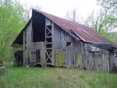 old barn pictures - Yahoo Image Search Results Country Barns, Old Barns, Rolling Meadows, Barn Pictures, Rustic Barn, Rustic Cabins, Barn Quilts, Covered Bridges, Built In Storage
