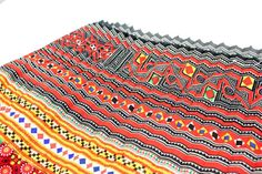 Vintage HMONG Hill Tribe Fabric. #ethniclanna