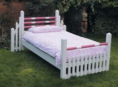 What a perfect way for a young horsey girl to dream of horses!