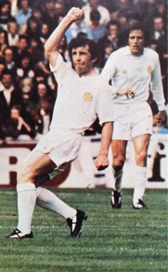 Johnny Giles of Leeds Utd in 1974 with Norman Hunter in the background