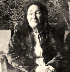 Atamızın annesi Zübeyde Hanım.