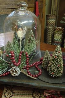 Make rustic Christmas decorations yourself: effective and simple ideas – Decor Primitive Christmas Decorating, Prim Christmas, Country Christmas, All Things Christmas, Winter Christmas, Vintage Christmas, Christmas Holidays, Christmas Bulbs, Christmas Crafts