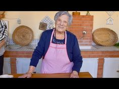 Pasta Grannies meet 100 year old Letizia our oldest Pasta Granny yet! Sunday Recipes, Old Recipes, Pasta Recipes, Baking Recipes, Granny's Recipe, Best Italian Recipes, Favorite Recipes, Easy Pasta Dishes, Sauces