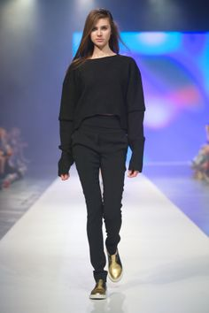 MMC STUDIO Designer Avenue, 10. FashionPhilosophy Fashion Week Poland, fot. Łukasz Szeląg  #mmcstudio #fashionweek #fashionweekpoland #fashionphilosophy #designeravenue #lodz #carlorossi
