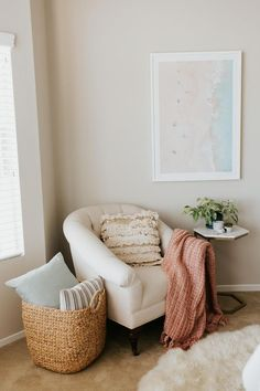 How to decorate your reading nook - a mix of mid-century modern, bohemian, and industrial interior style. home and apartment decor, Decoration Bedroom, Home Decor Bedroom, Living Room Decor, Dining Room, Design Bedroom, Room Kitchen, Bedroom Nook, Bedroom Corner, Bedroom Ideas