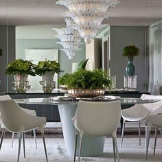 Mesa Luna (Érea). Sala de Jantar, Casa Cor RJ 2013. Projeto de Roberto Migotto. #architecture #arquitetura #arte #art #artlover #design #architecturelover #instagood #instadesign #instadecor #instadaily #projetocompartilhar #shareproject #davidguerra #arquiteturadavidguerra #arquiteturaedesign #instabest #instahome #decor #architect #criative #photo #decoracion #table #tabledesign