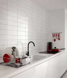 Browse our quality range of white tiles to transform your kitchen. White tiles in a range of shades & textures, perfect for any splashback or worktop. Kitchen Layouts With Island, Stools For Kitchen Island, Kitchen Splashback Tiles, Backsplash, White Gloss Kitchen, Grey Kitchen Designs, Topps Tiles, Kitchen Colour Schemes, White Countertops