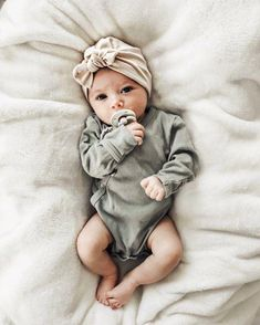 Oatmeal Hat: (jersey) w / Top Knot baby girl hat baby turban newborn hat tan baby hat hospital hat baby bow hat turbans for tots Baby Girl Fashion baby Bow girl Hat hospital jersey Knot newborn Oatmeal Tan Top tots turban turbans Beanie Babies, Newborn Beanie, Baby Girl Hats, Girl With Hat, Baby Bows, Little Baby Girl, Its A Girl, Little Babies, Baby Girl Winter