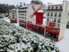 The Moulin Rouge from Paris is recreated in LEGO at the LEGOLAND Windsor Resort and has woken up to a beautiful dusting of snow